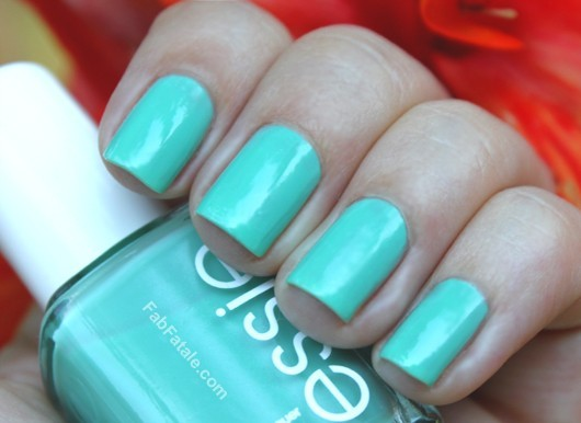 Essie Turquoise And Caicos Blue Green Creme Nail Polish