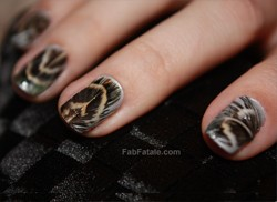 Feather Nails Manicure DIY Tutorial