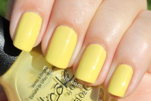 Kardashian Kolor - Ladies In The Limelight Yellow Lime Creme Nail Polish