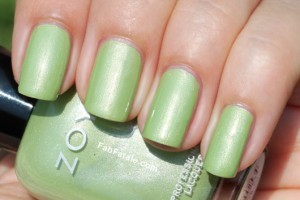 Zoya Beach Surf Swatches Tracie Green Shimmer Nail Polish