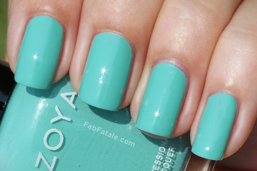 Zoya Beach Surf Swatches Wednesday Turquoise Cream Nail Polish