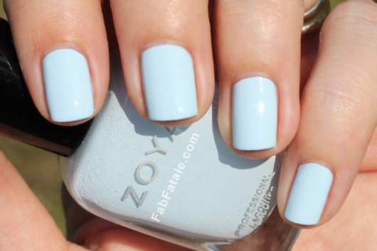 Zoya Lovely Spring 2013 Blu Swatch