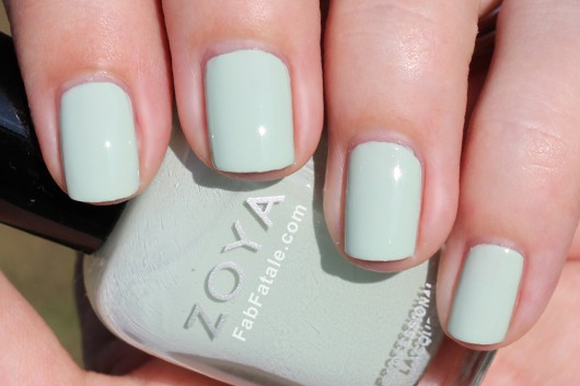 Zoya Lovely Spring 2013 Neely Swatch