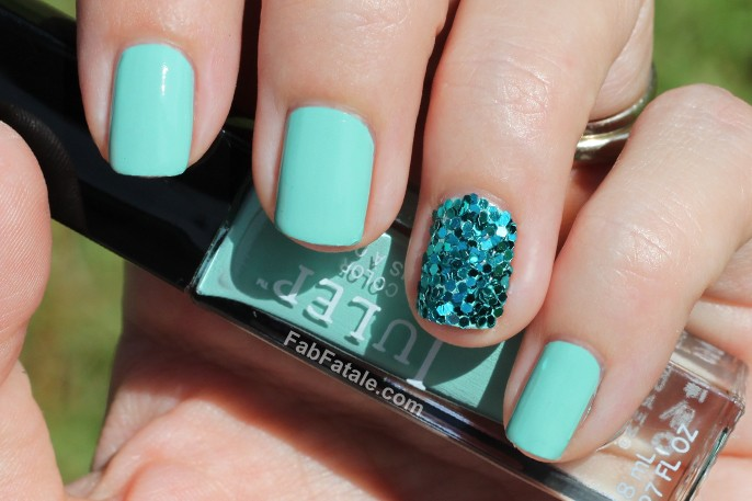 Turquoise Sequins Manicure