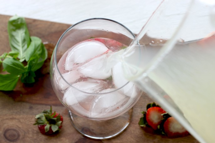 Melting Pot Strawberry Basil Lemonade Recipe
