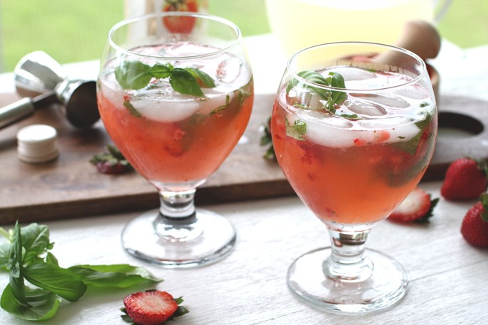 Boozey Tuesdays – Strawberry Basil Lemonade