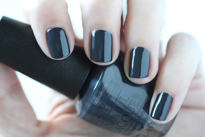 OPI Fifty Shades Of Gray Dark Side Of The Mood Swatch