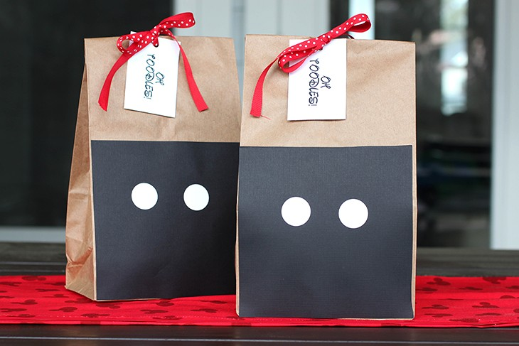 Mickey Mouse DIY Birthday Party Favor Bags and Ideas