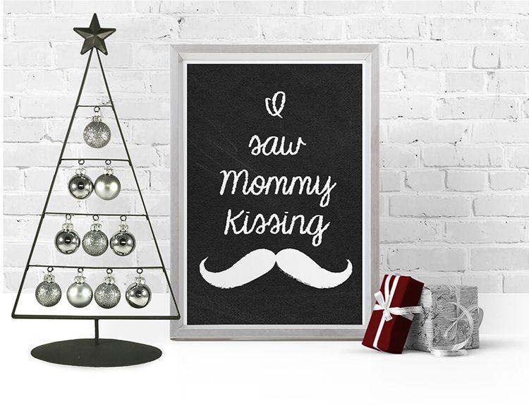loving these free christmas printables, 6 chalkboard printables to choose from for free download - i saw mommy kissing santa clause